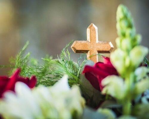 σταυρός λουλούδια