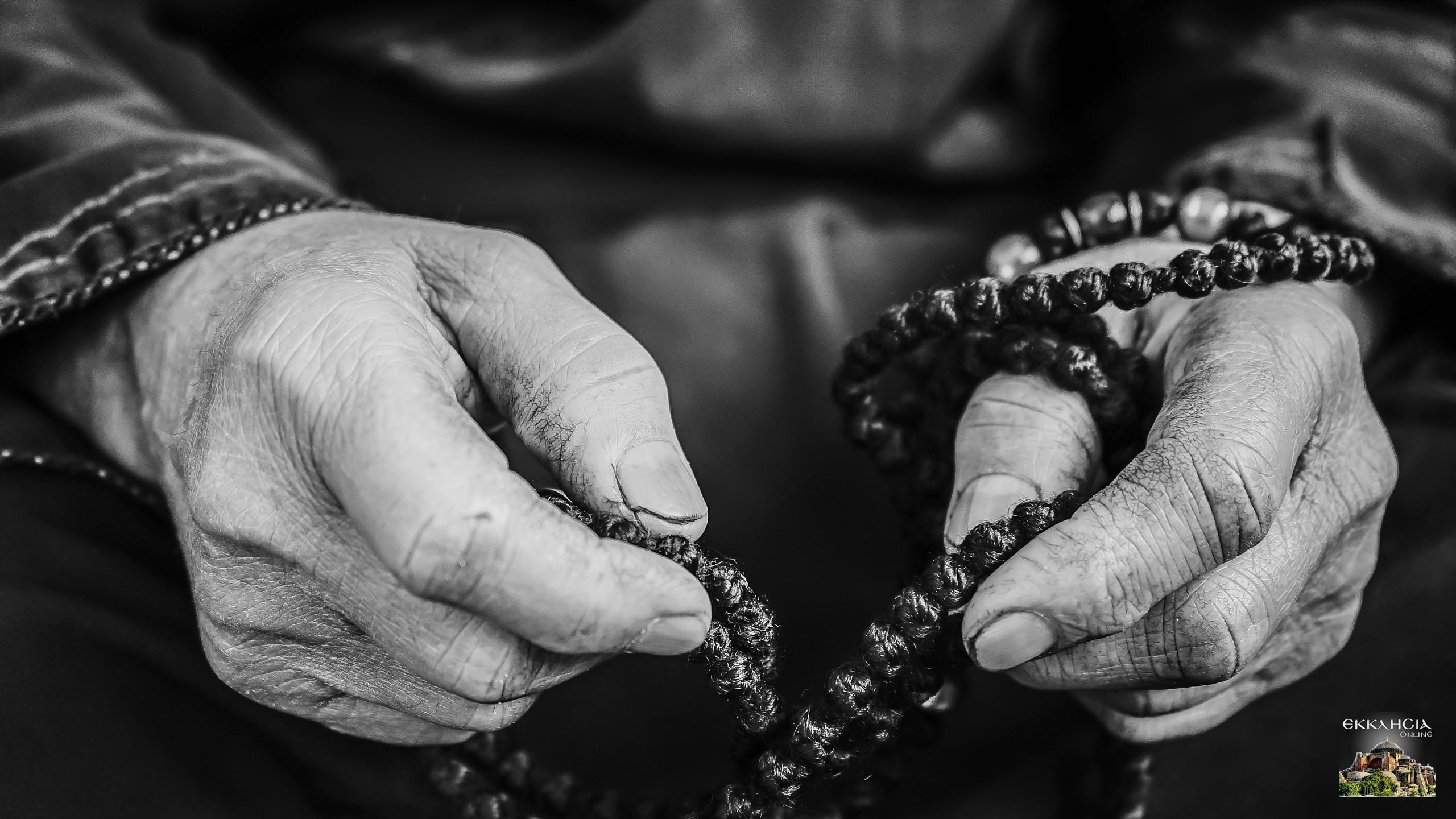 Κομποσχοίνι μοναχός