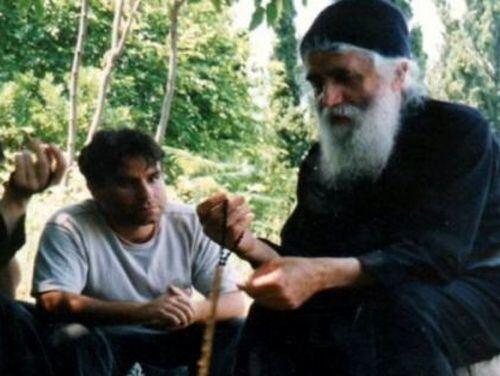 Αποτέλεσμα εικόνας για Άγιος Γέροντας Παΐσιος - Σε τι διαφέρει ο Εγωισμός από την Υπερηφάνεια
