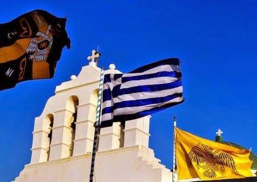 ελληνική σημαία καμπαναριό