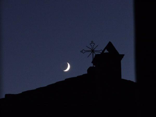 νύχτα μοναστήρι