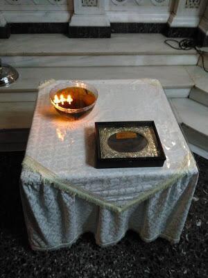 Τμήμα του θαυματουργού ράσου του Οσίου Χριστοφόρου του Παπουλάκου.