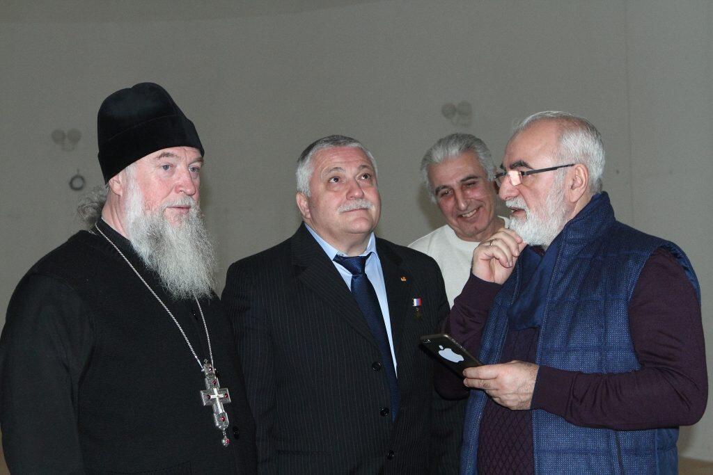 Γκενάντι Μακαρένκο Ιβάν Σαββίδης Θεόδωρος Γιουρτσίχιν-Γραμματικόπουλος