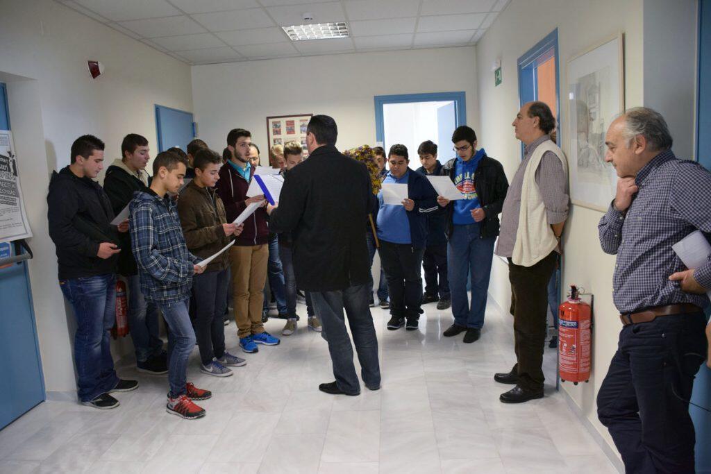 Τα κάλαντα του Λαζάρου από τους μαθητές της Πατριαρχικής Εκκλησιαστικής Σχολής Κρήτης