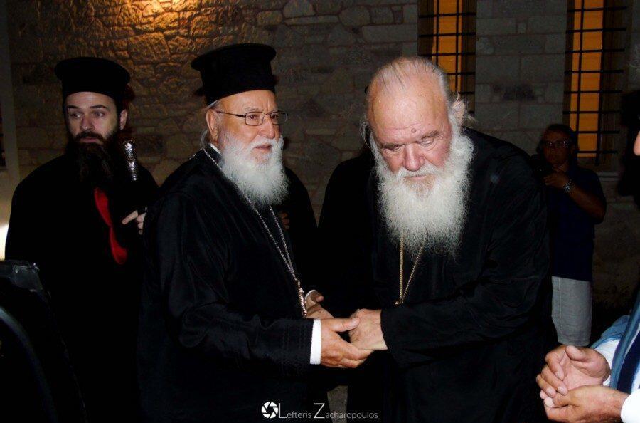 Ο Αρχιεπίσκοπος επισκέφθηκε τον εορτάζοντα Μητροπολίτη Μαντινείας
