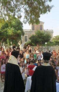 Μητρόπολη Σύρου: Αγιασμός σε Δημοτικά, Γυμνάσια και Λύκεια από Δωρόθεο