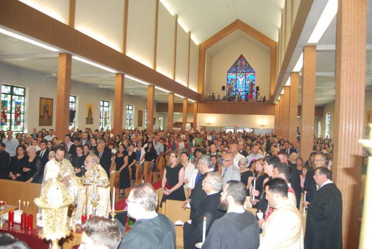 Δικαστική απόφαση δικαιώνει τον π. Καστανά έναντι της Μητρόπολης Βοστώνης