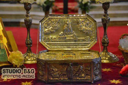 Μεταφορά του Ιερού Λειψάνου του Αγίου Λουκά στη Σούγια της Κρήτης