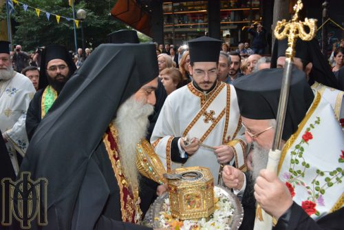 Η Θεσσαλονίκη υποδέχθηκε την Τιμία Κάρα του Αγίου Παντελεήμονος