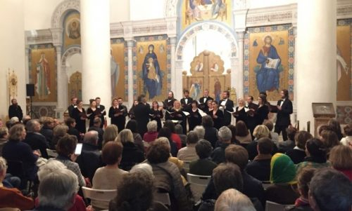 Η Συνοδική χορωδία Μόσχας έδωσε δύο συναυλίες στο Παρίσι