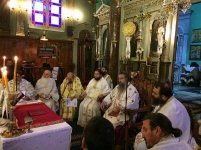Δέος κατά την αρχαιοπρεπή Θεία Λειτουργία του Αγίου Ιακώβου στη Λευκάδα