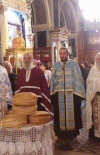 Μητρόπολη Σύρου: Η μνήμη του Αγίου Αρτεμίου στο Ναό της Αναστάσεως