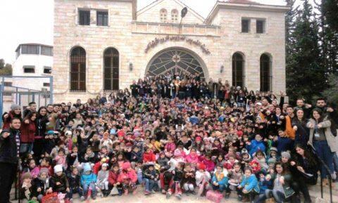 Πατριαρχείο Αντιοχείας: Μαθητές της Συρίας έλαβαν δώρα από Ρωσία