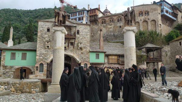 Άγιο Όρος: Δεν θα πανηγυρίσει ούτε θα δεχθεί προσκυνητές η Μ. Δοχειαρίου