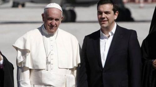 Ο Φίλης υμνεί τον Πάπα Φραγκίσκο και επιτίθεται με βαριές εκφράσεις στην Εκκλησία της Ελλάδος