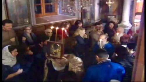 Ταξιάρχης Μανταμάδου: Πλήθος πιστών προσκύνησαν τη θαυματουργή εικόνα στον Εσπερινό