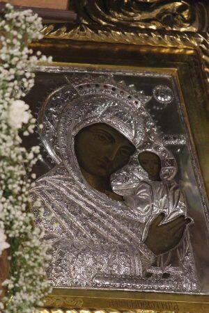 Σέρρες: Πάνδημος υποδοχή της ιεράς εικόνος «Παναγίας Κοσμοσώτειρας»