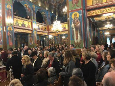 Αγία Ζώνη: Χιλιάδες πιστοί και μεγάλη συγκίνηση κατά τη σημερινή αναχώρηση από Νέα Ιωνία