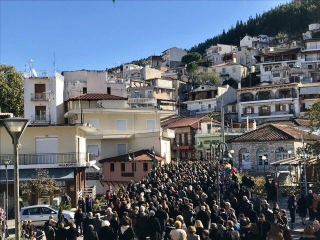 Η Εορτή των Εισοδίων της Θεοτόκου στον Μητροπολιτικό Ναό Λεβαδείας (ΦΩΤΟ)