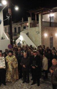 Εισόδια της Θεοτόκου-Κίμωλος: Πλήθος πιστών στη λιτάνευση της Παναγίας Οδηγητρίας