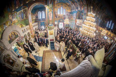 Τίμια Ζώνη της Θεοτόκου: Παρουσία χιλιάδων πιστών η Θεία Λειτουργία στη Νέα Ιωνία
