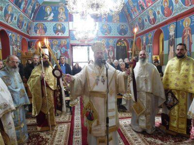 Μητρόπολη Θεσσαλιώτιδος: Εορτή των αγίων και ενδόξων αναργύρων Κοσμά και Δαμιανού