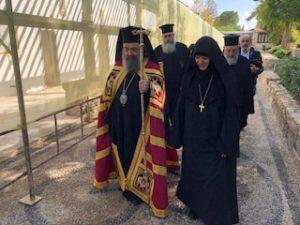 Κύπρος: Βαθειά συγκίνηση κατά την επίσκεψη Πατρών Χρυσοστόμου στις Ιερές Μονές Αγίου Ηρακλειδίου και Παναγίας του Μαχαιρά