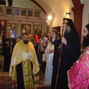 Η πονεμένη Μάνδρα τιμά την πολιούχο της Αγία Αικατερίνη