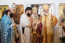 Συγκινημένος ο νέος Πρεσβύτερος της Μητρόπολης Παροναξίας π. Δωρόθεος Βενετσανόπουλος
