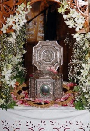 Η Θεσσαλονίκη υποδέχθηκε την Τίμια Κάρα του Αγίου Ραφαήλ από τη Μυτιλήνη