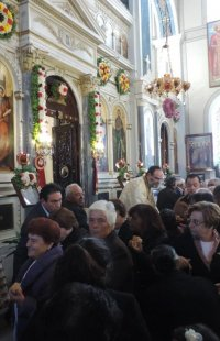 Με λαμπρότητα οι Κιμώλιοι τίμησαν την Προστάτιδά τους Παναγία Οδηγήτρια
