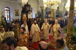 Νάξος: Δισαρχιερατικό Συλλείτουργο και Λιτανεία της Ιεράς Εικόνας