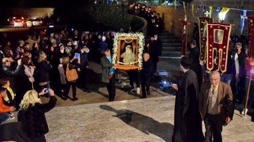 Αίγινα-τώρα: Χιλιάδες πιστοί στην Αγρυπνία μέχρι τις 5 το πρωί-εσπερινός Αγίου Νεκταρίου