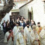 Αρχιεπίσκοπος και πλήθος πιστών τίμησαν τον Άγιο Πορφύριο στη γενέτειρά του, το Αλιβέρι