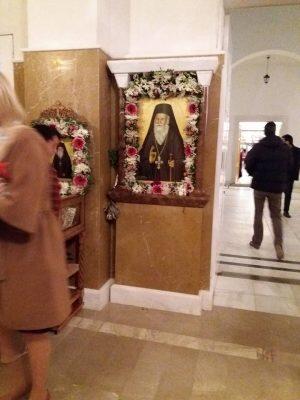 Αρχιεπίσκοπος και πλήθος πιστών στον Πανηγυρικό Εσπερινό για τον Άγιο Πορφύριο