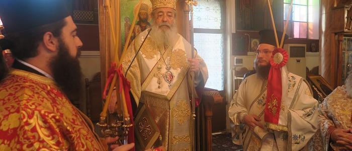Συγκινημένος ο Φθιώτιδος Νικόλαος στο μνημόσυνο του Αρχιμ. Γεωργίου Χατζοπούλου