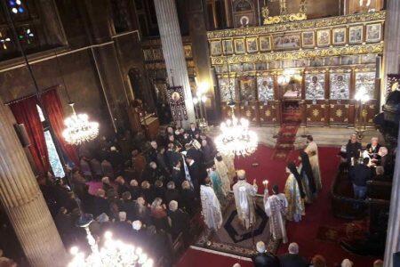 Με λαμπρότητα τίμησε η Χαλκίδα τον Άγιο Νικόλαο