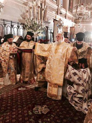 Μοναδικές στιγμές στην Κέρκυρα: Πλήθος κόσμου για τον Άγιο Σπυρίδωνα-Αρχιερατική Θεία Λειτουργία στην Κέρκυρα