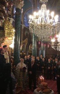Ο Σύρου Δωρόθεος στη δοξολογία για τν εορτή των Προστατών της Πυροσβεστικής