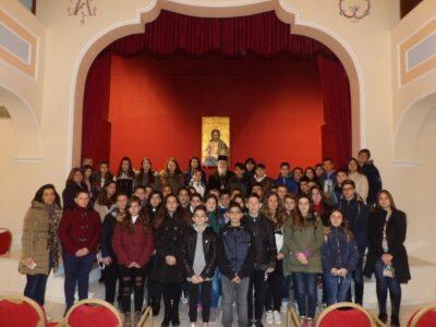 Τον Μητροπολίτη Κορίνθου Διονύσιο επισκέφθηκαν μαθητές και μαθήτριες της Α' Tάξης του Γυμνασίου Χιλιομοδίου