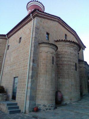 Ο Μετεώρων Θεόκλητος και πλήθος πιστών στον Εσπερινό του Αγίου Στεφάνου