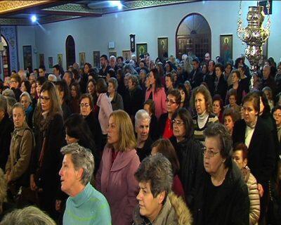 Κοσμοσυρροή στη Λάρισα για τα Τίμια Δώρα από το Άγιο Όρος
