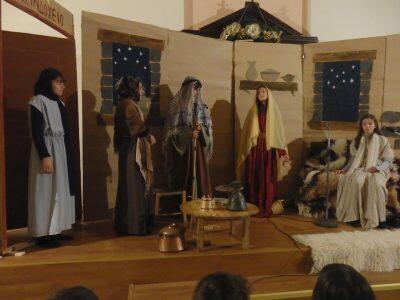 Τα κατηχητόπουλα της ενορίας Αγ.Αχιλλίου γιόρτασαν τα Χριστούγεννα