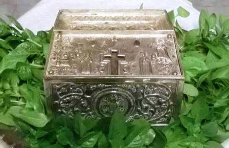Αγία Άννα-Ιερός Ναός Παναγούδας: Προσκύνημα Ιερών Λειψάνων Αγίων Θεοπατόρων Ιωακείμ και Άννης