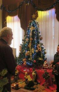 Πρωτοχρονιάτικες ευχές και Κάλαντα στον Σύρου Δωρόθεο