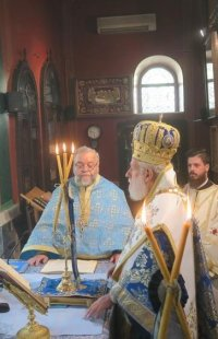 Ερμούπολη: Στον Ιερό Ναό Κοιμήσεως της Θεοτόκου ο Σύρου Δωρόθεος