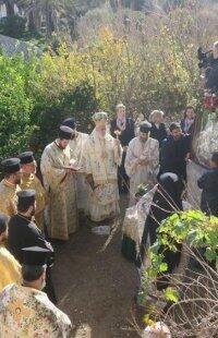 Χρούσσα: Στον πανηγυρίζοντα Ιερό Ναό Αγίου Σπυρίδωνος ο Σύρου Δωρόθεος