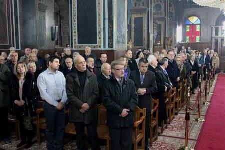 Με κατάνυξη εορτάσθηκαν τα Χριστούγεννα στη Μητρόπολη Θεσσαλιώτιδος