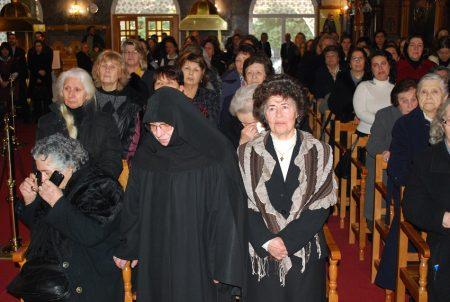 Πλήθος κληρικών και πιστών στην εις Πρεσβύτερον χειροτονία του π. Ραφαήλ Μέρου
