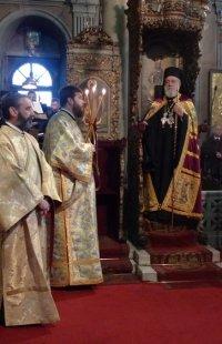 Τήνος: Στον Πανίερο Ναό της Ευαγγελιστρίας ο Σύρου Δωρόθεος